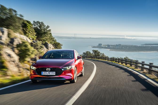 Rijtest Mazda 3 2019