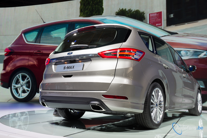 ford-s-max-101