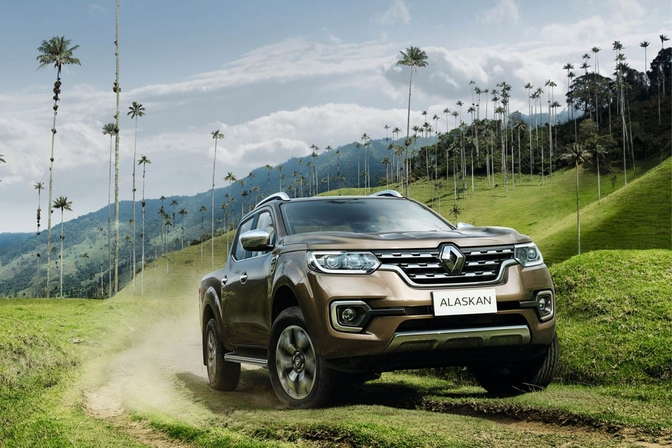 renault-alaskan-2016-official