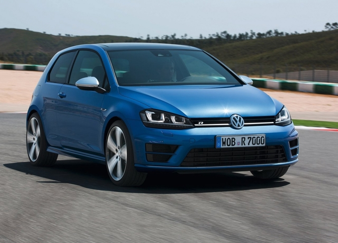 volkswagen-golf_r