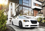 chrysler-300-srt801-1303137543