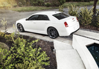 chrysler-300-srt802-1303137544