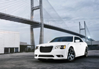 chrysler-300-srt809-1303137550