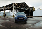 BMW-225iAT-VS-Mini-CooperS-5deur
