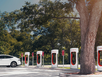 supercharger-tesla