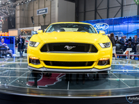 ford-mustang-coupecabriolet-2014-geneve-14