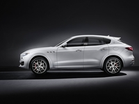 maserati-levante-2016-official_4