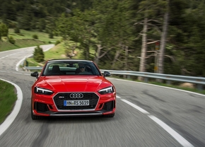audi-rs-5-carbon-edtion_01