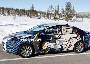 ford-focus-sedan-spyshot-popart_1