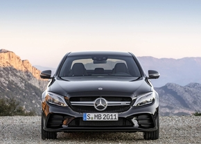 2018-mercedes-amg-c43-sedan-facelift