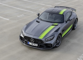 2018_amg_gt_r_pro_boven