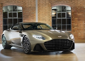 Aston Martin DBS Superleggera 007