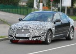 Jaguar Xf 2011 spy