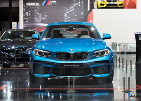 bmw-m2-autosalon-brussel-2016_1_van_12