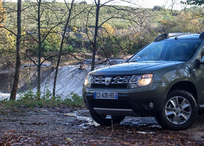 dacia-duster-2013-16-thumb-01