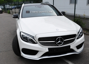 2015-mercedes-c450-amg-sport-6estate3