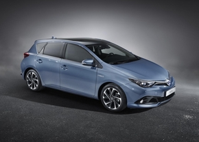toyota-auris-facelift-2015_01