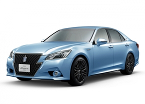 toyota-crown-blue-1