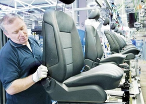 johnson-controls-car-seats_01