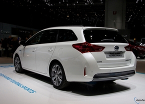 Live in Genève: Toyota Auris Touring Sports