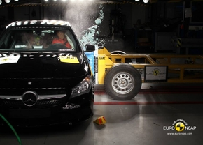 euroncap-oct-2013-mercedes-cla