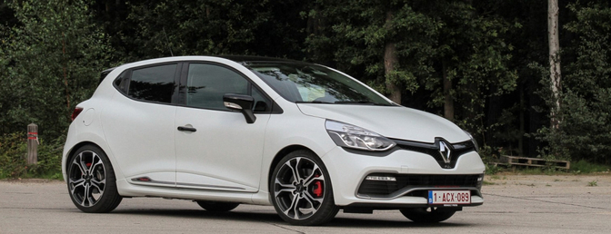 Renault Clio RS 220 Trophy 2015